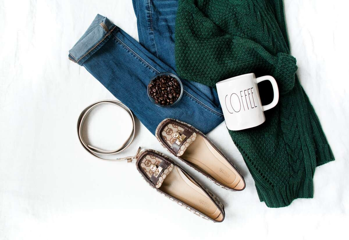 What Is Flat Lay Styling?