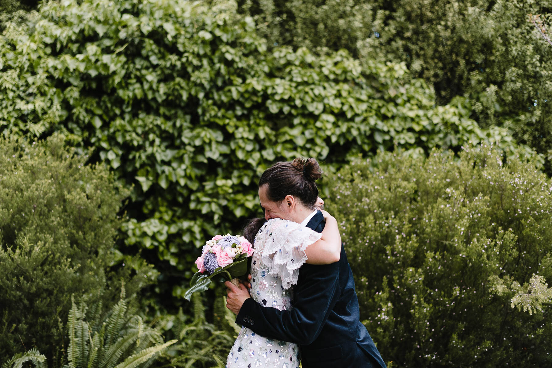 Are 6 hours of wedding photography enough?
