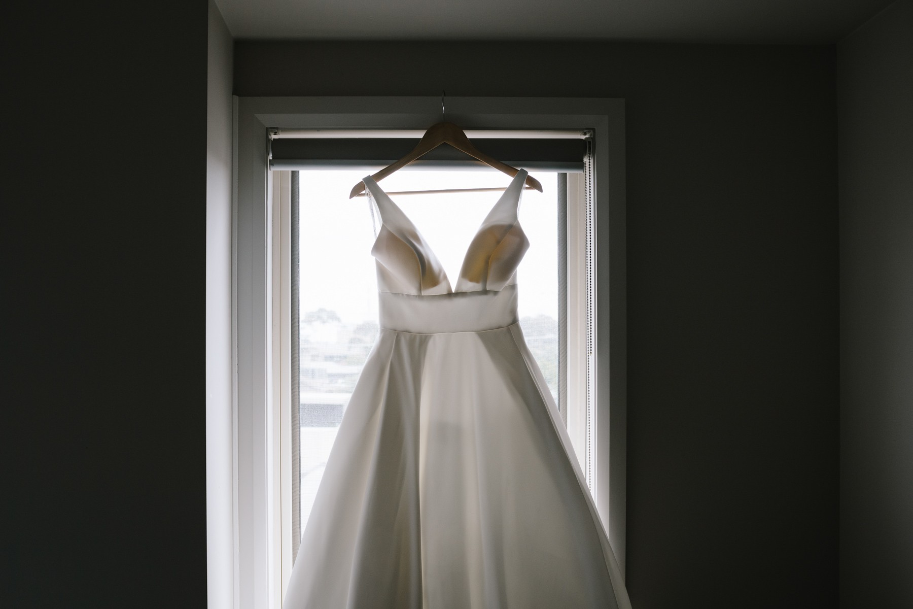 What are the must-have wedding photos?