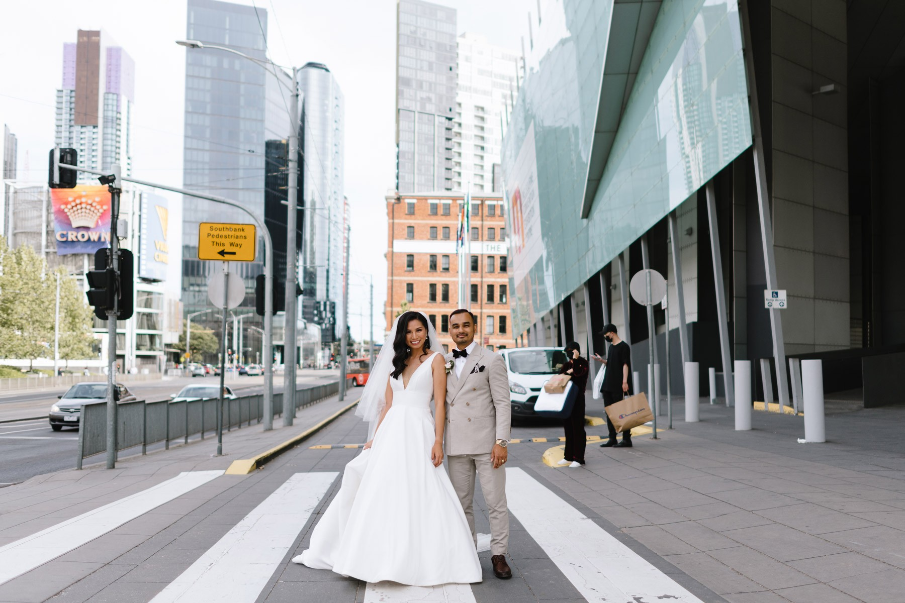 What are the best locations for wedding photography?